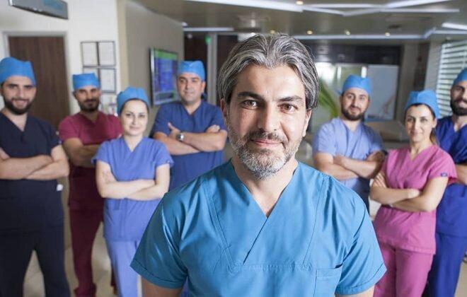 Dr-Serkan-Aygin-Clinic-team2 1200x576-min